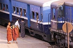 train-station-305.jpg