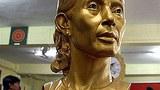 ASSK_statue_305px.jpg