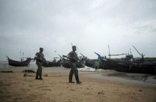 bangladesh-border-boat-b305