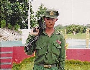 child_soldier_san_oo_305_z