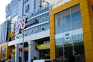 chinese_mall_mandalay_305_z.jpg