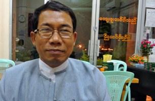 dr-aye-maung-b305