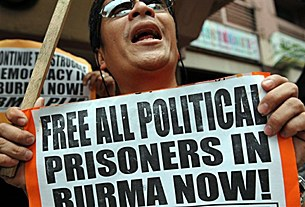 free_prisoners_manila_305_z.jpg