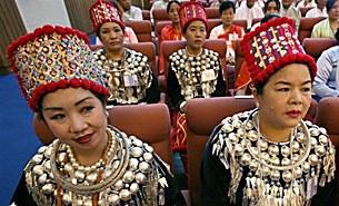 kachin_delegates_305px.jpg