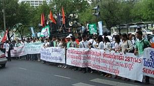 labor_protest_bkk_305px.jpg