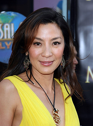 michelle_yeoh_movie_actress_305_z.png