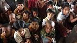 nargis_children_sit_305_z.jpg