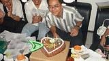 nay_phone_latt_birthday_305.jpg