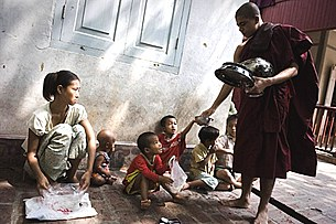 poverty_monk_food_305_Z