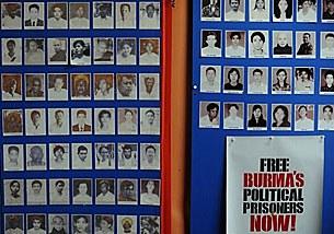 prisoners_photos_board_305p.jpg