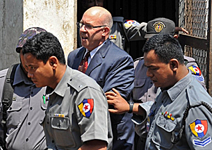 ross_dunkley_myanmar_times_court_305_z.png