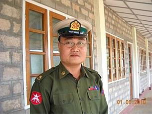 sai_thein_win_missile_nuclear_305_z.jpg