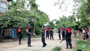 sittwe-riot-police2-b305