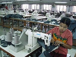 textile-factory-305