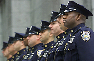 us_police_officers_305_z.png
