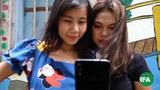 phone-girls-622