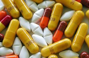 art-hiv-drug-305.jpg