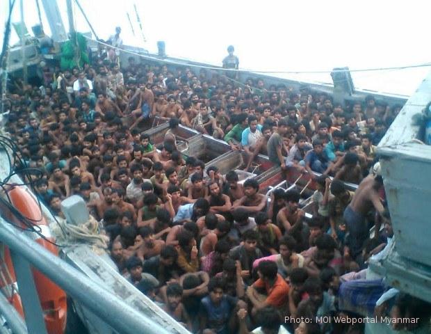 boat-refugees-700-620.jpg