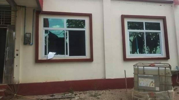 ပုလဲမြို့နယ် NLD ပါတီရုံး ဖျက်ဆီးခံရ