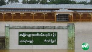 flood-school-mon-305.JPG