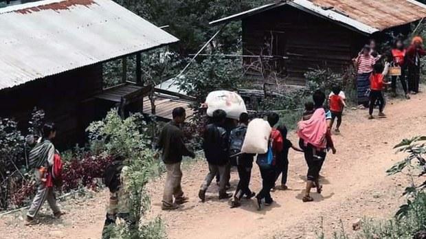 ကန်ပက်လက်မှာ တိုက်ပွဲတွေကြောင့် ဒေသခံ ၅၀၀ ကျော် တိမ်းရှောင်နေရ