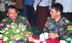 kio-gov-peace-talk-305.jpg