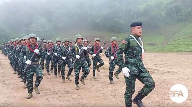 သင်တန်းဆင်း စစ်သည်တွေ ပြည်သူကို ကာကွယ်ပေးဖို့ KNPP ပြော