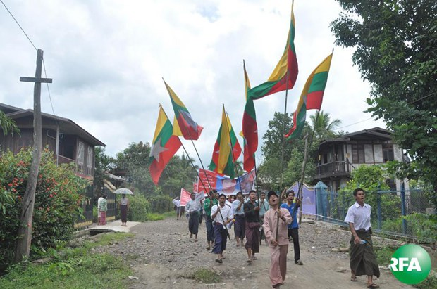 land-mine-protest-kachin-620.jpg