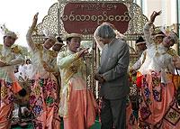 india_president_200px.jpg