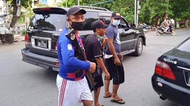 mdy-armed-men.jpg