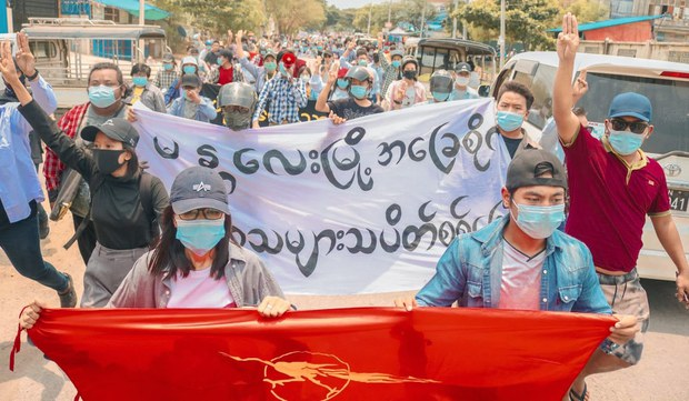 မန္တလေးမြို့က သပိတ်စစ်ကြောင်း နှစ်ခု ဖြိုခွင်းခံရ