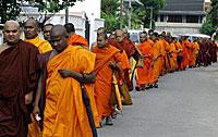 srilanka_monks_200px.jpg