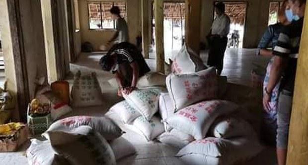 အမ်းမြို့မှာ ပြည်သူတွေအတွက် ရိက္ခာထောက်ပံ့မှု စစ်ကောင်စီ တားမြစ်