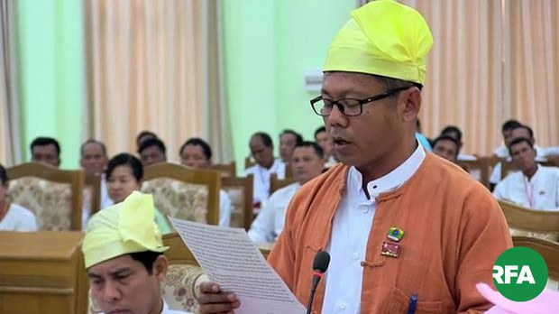 တောင်ကုတ် NLD အမတ်ဟောင်းကို တပ်ထဲမှာ ထိန်းသိမ်းခံထားရ