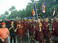 monks_rain_3_200px.jpg