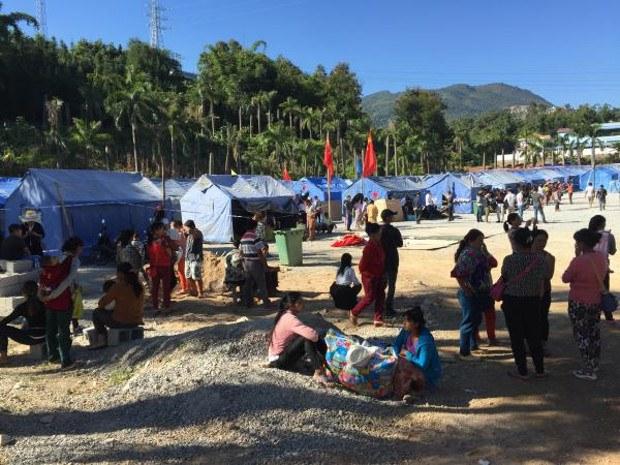 myanmar-refugees-china-620.jpg