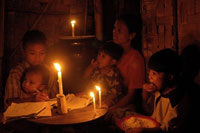 candlelight_family_200px.jpg