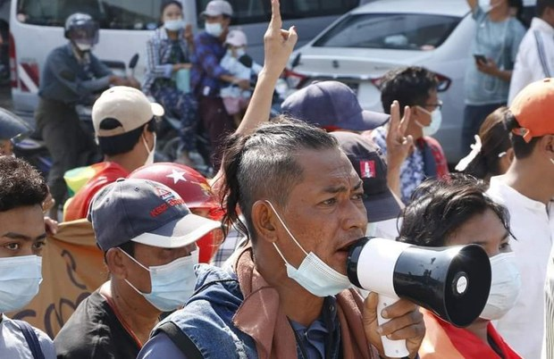 စစ်အာဏာရှင်ဆန့်ကျင်ဆန္ဒပြလို့ ဖမ်းဆီးခံရသူရဲ့ဇနီး ထပ်မံ အဖမ်းခံရ