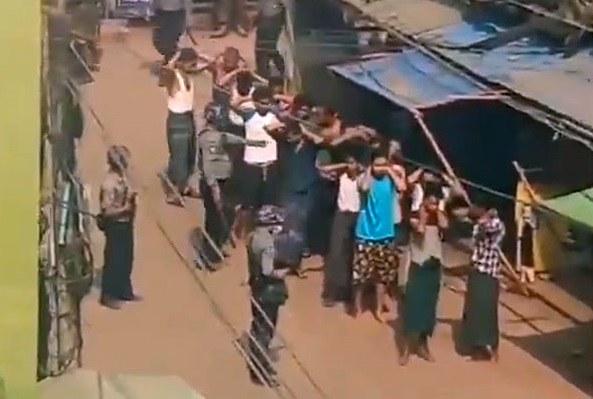ဒေါပုံမြို့နယ်မှာ လူ ၅၀ နီးပါး ဖမ်းဆီးခံရ