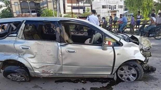 ရွှေဘိုမှာ ရဲသုံးယောက်စီးလာတဲ့ကား တံတားကိုဝင်တိုက် တစ်ဦးပွဲချင်းပြီးသေဆုံး