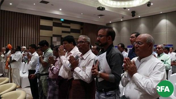 praying-for-hindus-corpse-622.jpg