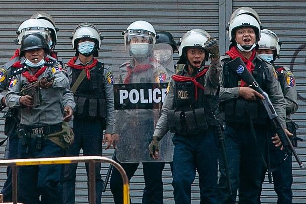 တောင်ဒဂုံ ရဲစခန်းအနီး ဗုံးပေါက် ရဲတစ်ဦး ဒဏ်ရာရ