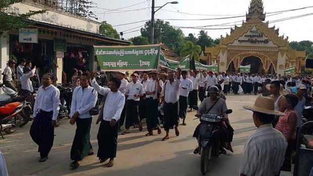 laputta-teachers-protest-622.jpg