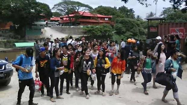 myanmar-workers-thai-622.jpg