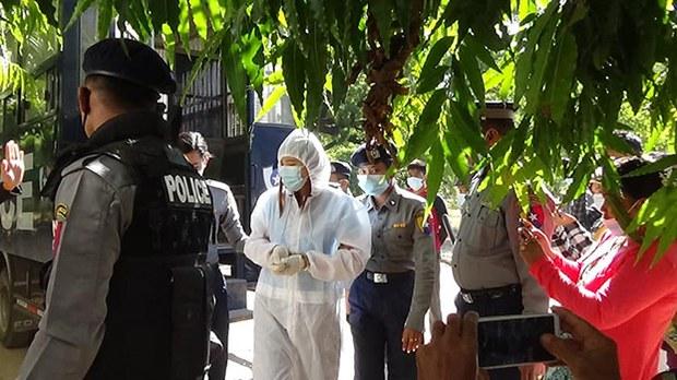 USDP ကို မဲပေးဖို့ တပ်တွင်းဖိအားပေးခံရကြောင်း ရေးသူ ထောင်ဒဏ်ကိုးလ ချမှတ်ခံရ