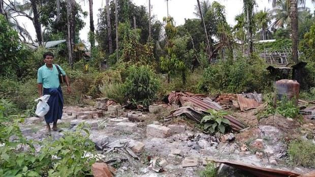 ရွာလုံးကျွတ်နီးပါး မီးရှို့ခံခဲ့ရတဲ့ တင်းမကျေးရွာသားတွေ နေရပ်ပြန်နိုင်ဖို့ပြင်ဆင်