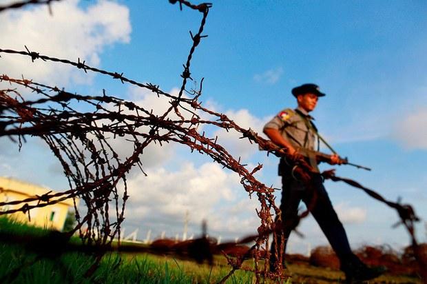 myanmar-border-guard-622.jpg