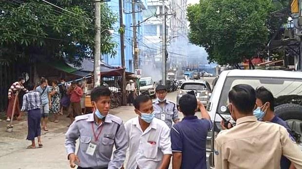 မီတာခပေးဖို့ ဖိအားပေးပြီးနောက် သုံးရက်အတွင်း ရန်ကုန်လျှပ်စစ်ရုံး ရှစ်ခု ဗုံးကွဲ