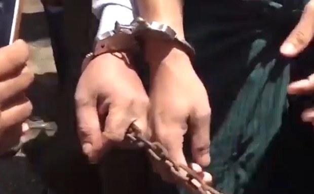 handcuffs-622.jpg