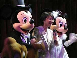 2006至07年间,许佩珊于迪士尼演出时摄。(许佩珊提供)